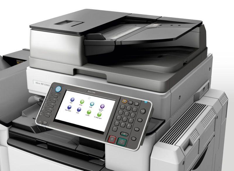 Nên thuê máy photocopy Ricoh và Toshiba